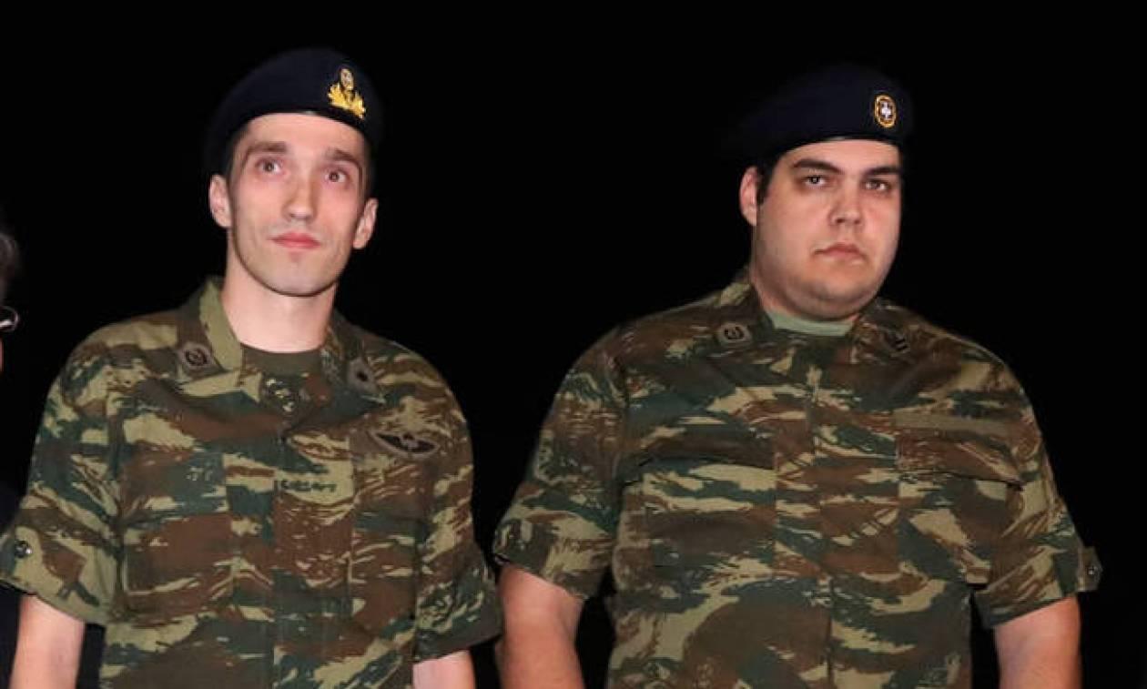 Έλληνες στρατιωτικοί: Ο γερμανικός Τύπος «αποκρυπτογραφεί» την κίνηση καλής θέλησης του Ερντογάν