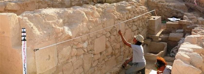 Πάφος: Ανακαλύφθηκε οικονομικό κέντρο του 5ου αιώνα πΧ κοντά στο ιερό της Αφροδίτης