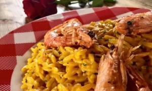 Η συνταγή της ημέρας: Ριζότο με γαρίδες και σαφράν