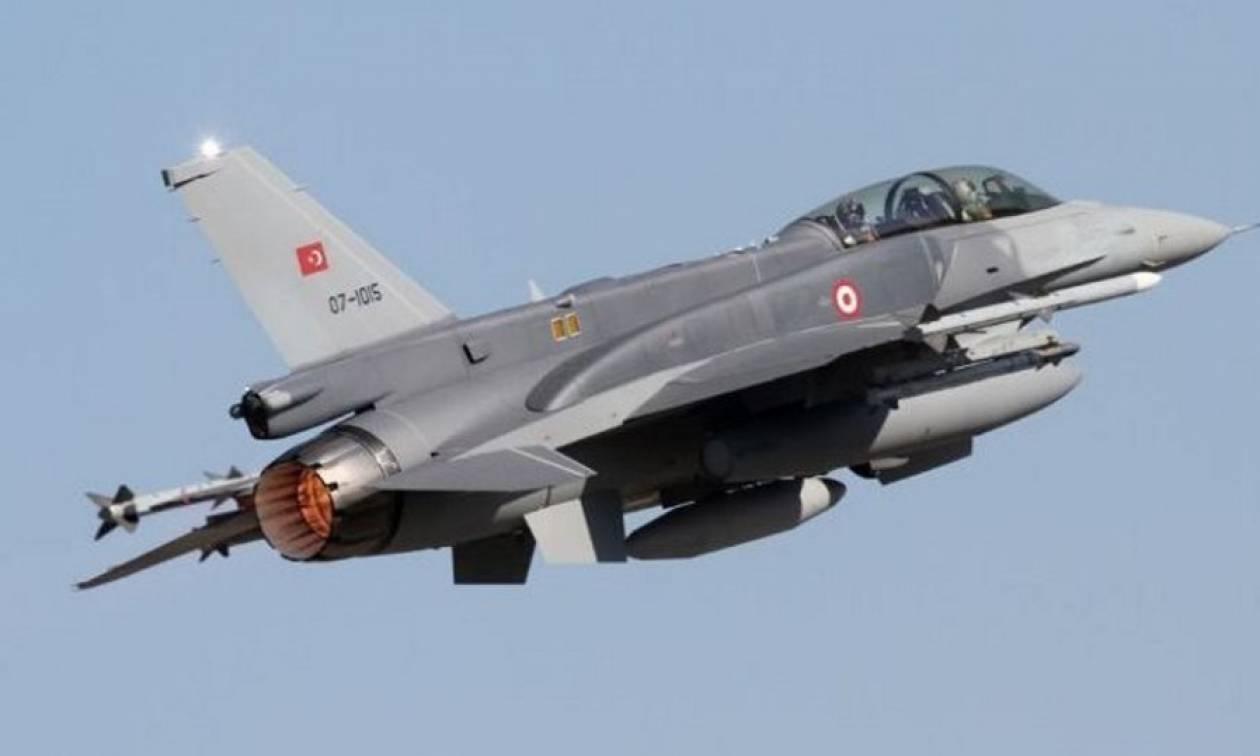 Βραδινές παραβιάσεις στο Αιγαίο από έξι τουρκικά μαχητικά
