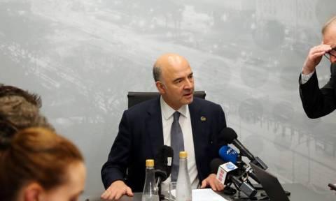 «Καρφιά» Μοσκοβισί για τη... δημοκρατία του Eurogroup - Τι αναφέρει για την Ελλάδα
