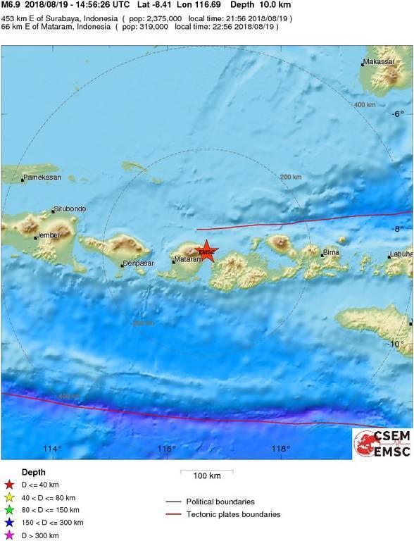 Βαρύς o «φόρος» αίματος από τον ισχυρό σεισμό 6,9 Ρίχτερ που συγκλόνισε την Ινδονησία (Pics)