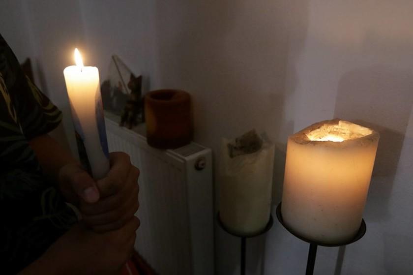Διακοπή ρεύματος - Μπλακ άουτ στην Αττική: Χάος στους δρόμους - Εγκλωβισμένοι σε ανελκυστήρες