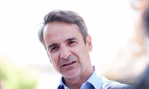 ND leader Mitsotakis visits fire-stricken Mati