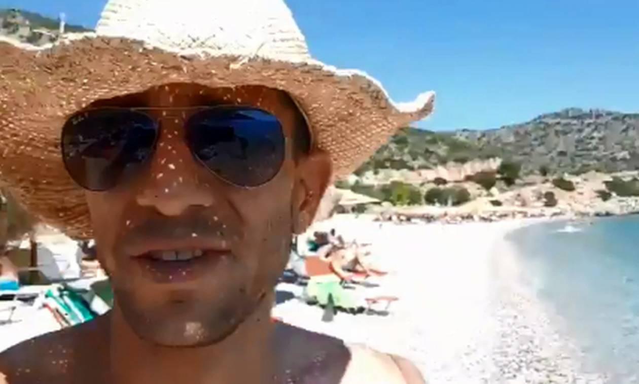 Άνταμ Κατζαβέλος: Αυτός είναι ο ομογενής που μισεί όλη η Αφρική – Δείτε τι έκανε σε ελληνική παραλία
