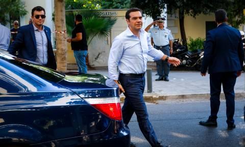 Σε εξέλιξη το Πολιτικό Συμβούλιο του ΣΥΡΙΖΑ υπό τον Τσίπρα (pics-vid)