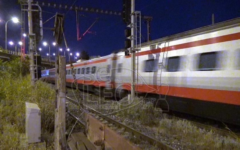 Έφτασε το τρένο «Ασημένιο Βέλος» στην Ελλάδα: Αθήνα – Θεσσαλονίκη σε 3,5 ώρες (pics-vid)