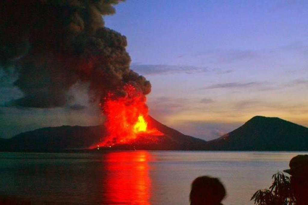 Παπούα Νέα Γουινέα: Έκρηξη ηφαιστείου - Δύο χιλιάδες άνθρωποι εγκατέλειψαν τα σπίτια τους