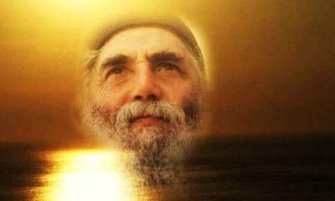 Συγκλονιστικό: Ο Άγιος Παΐσιος εξηγεί τι συμβαίνει στον άνθρωπο, όταν πεθαίνει