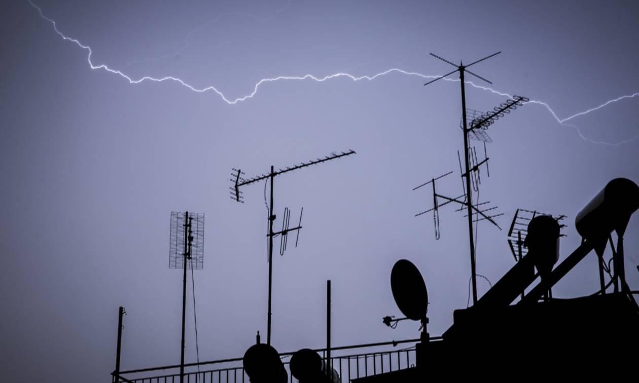 Απότομη αλλαγή του καιρού: Πού θα σημειωθούν ισχυρές καταιγίδες