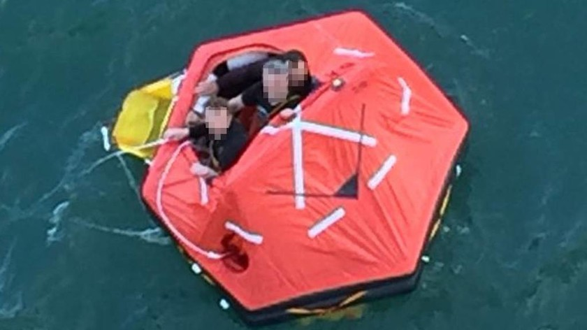 Κρουαζιερόπλοιο σώζει αλιείς στη Βόρεια Θάλασσα (vid)
