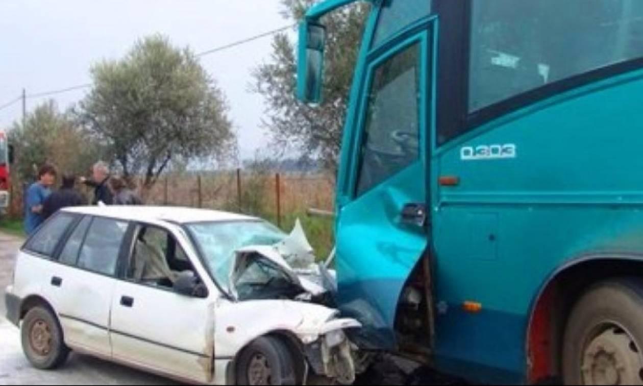 Θεσσαλονίκη: Σύγκρουση Ι.Χ. με τουριστικό λεωφορείο