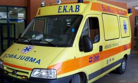 Θεσσαλονίκη: Σοβαρό τροχαίο με τουριστικό λεωφορείο – Δεκάδες επιβάτες απεγκλωβίστηκαν από παράθυρο