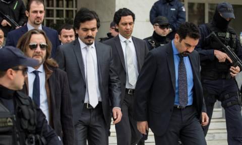 «Βόμβα» από τους Times: Αγνοούνται δύο από τους 8 Τούρκους αξιωματικούς