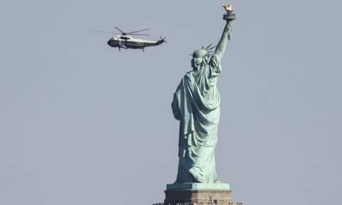 ΗΠΑ: Αναστάτωση από φωτιά κοντά στο Άγαλμα της Ελευθερίας - Εκκενώθηκε το νησί (vid)