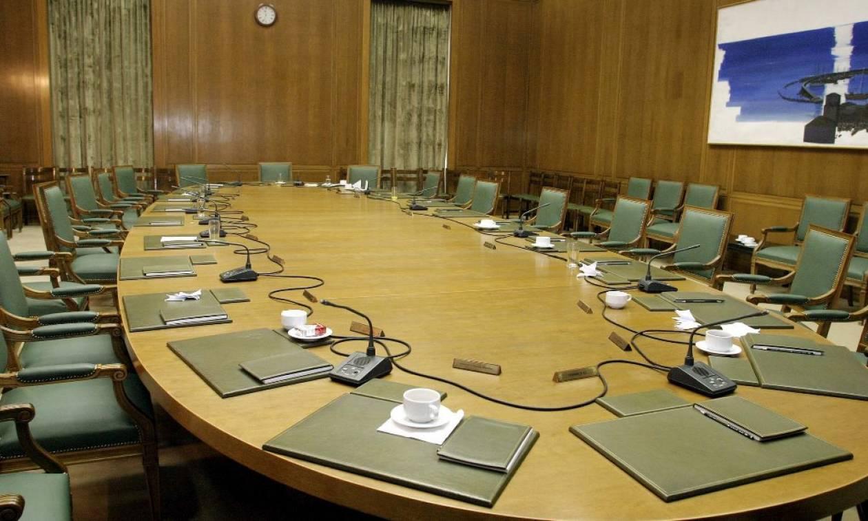 Ανασχηματισμός: «Κλείδωσαν» τα ονόματα – Ποιοι παίρνουν υπουργεία και ποιοι αποχωρούν