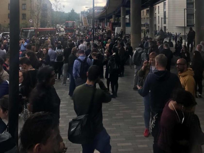 ΕΚΤΑΚΤΟ: Συναγερμός για βόμβα ΤΩΡΑ στο κέντρο του Λονδίνου - Τεράστια επιχείρηση εκκένωσης