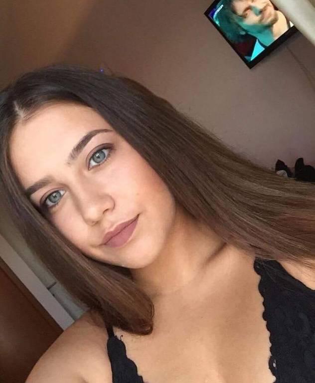 Θλίψη στην Κρήτη: Αποχαιρέτησαν τη 18χρονη Μαρία ... που δεν πρόλαβε να ανοίξει τα φτερά της