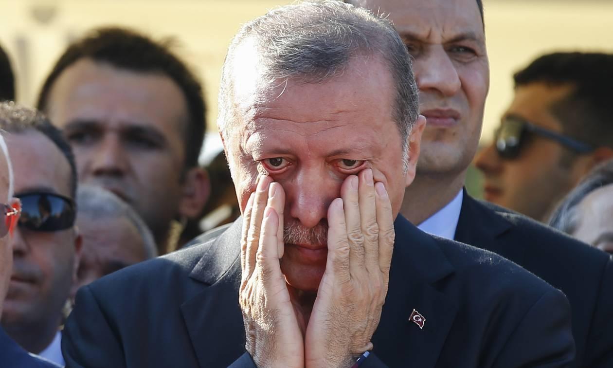 «Ψυχορραγεί» η τουρκική οικονομία: Άμεσος κίνδυνος «κατάρρευσης» των τραπεζών