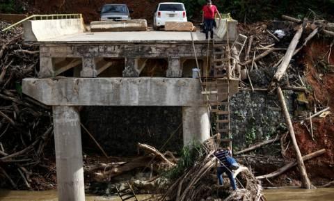 Πουέρτο Ρίκο: 2.975 νεκροί από τον τυφώνα Μαρία που σάρωσε τη χώρα το 2017
