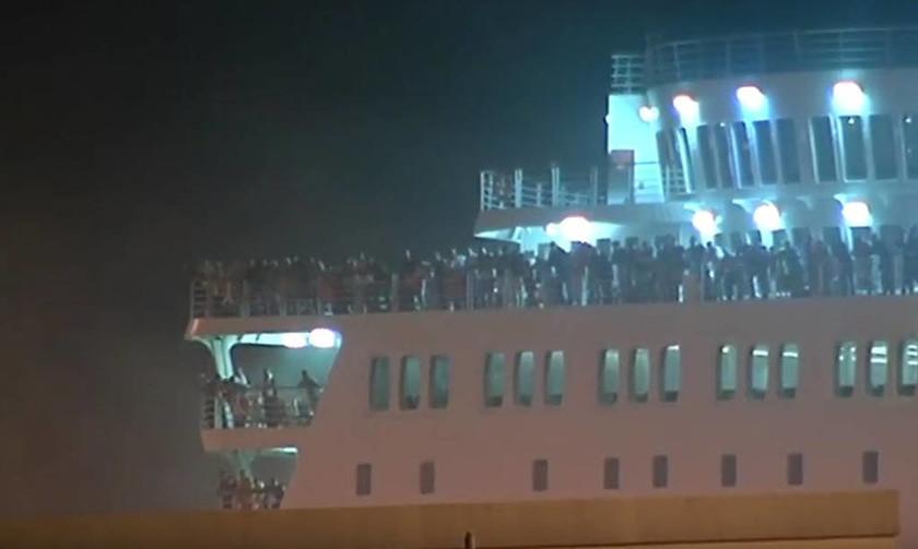 Στον Πειραιά το «Ελ. Βενιζέλος»: Τέλος στην περιπέτεια για 1016 άτομα