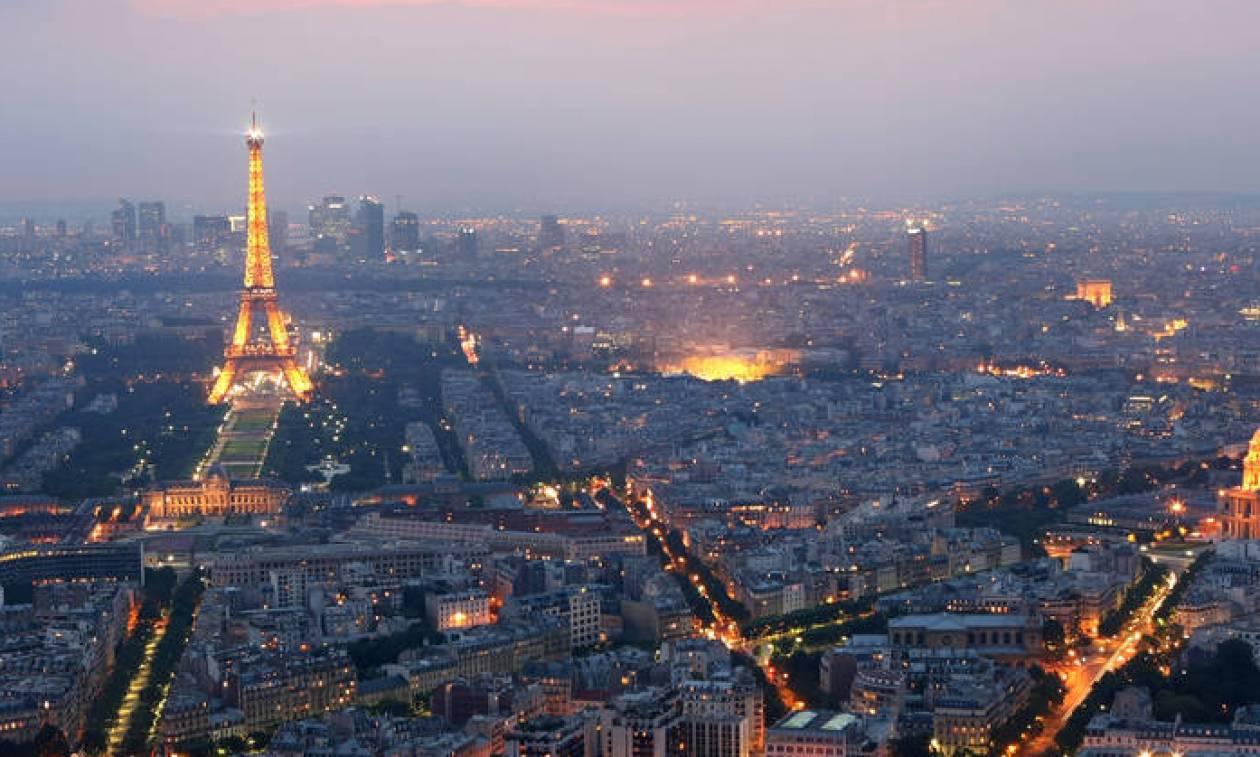Ταξίδι στο Παρίσι; Μίνι οδηγός για τον Πύργο του Άιφελ