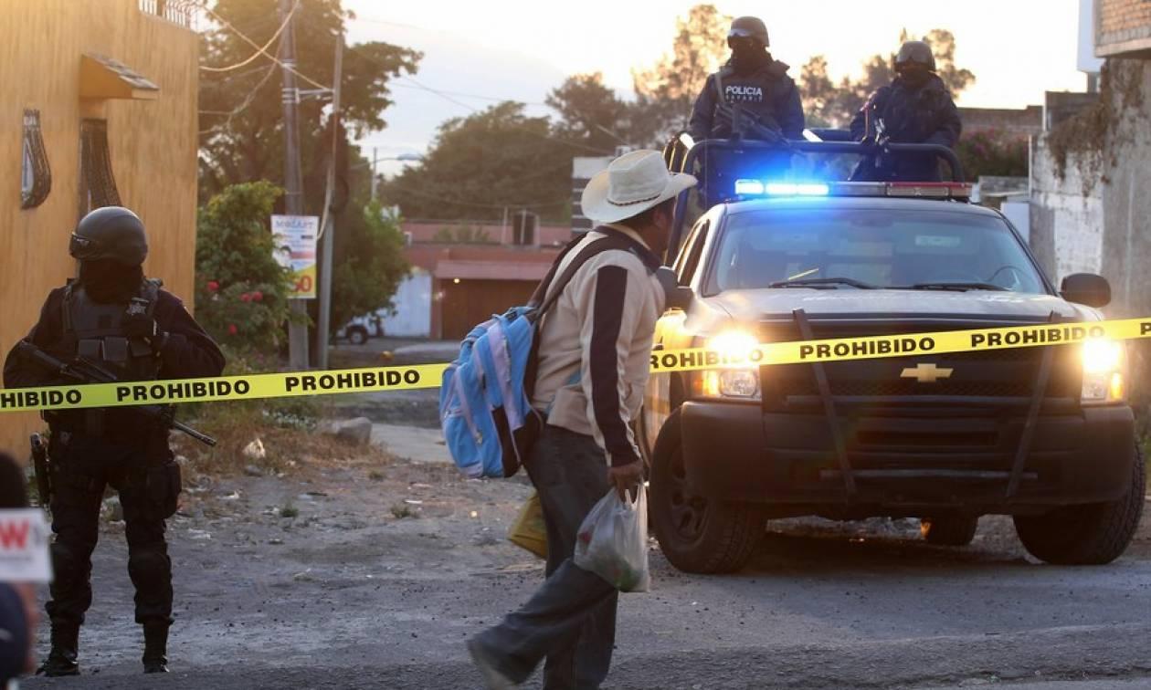 Φρίκη στο Μεξικό: Έκαψαν ζωντανούς δύο άντρες που νόμιζαν ότι ήταν απαγωγείς παιδιών