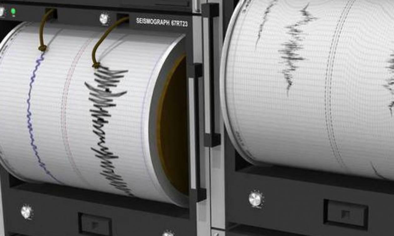Σεισμός Καρδίτσα: Πετάχτηκαν από τα σπίτια τους οι κάτοικοι