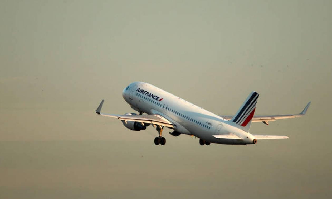 Σήμα κινδύνου εξέπεμψε αεροσκάφος με προορισμό το Παρίσι