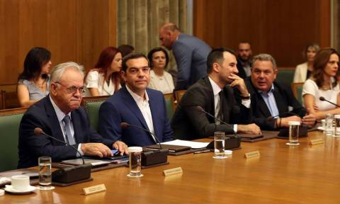 Tsipras: our priority will be the labour market and increasing the minimum wage