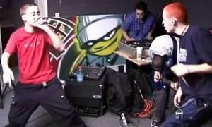 Ένα σπάνιο βίντεο με τους Linkin Park να «κοπανιούνται» όταν ήταν πιτσιρικάδες!