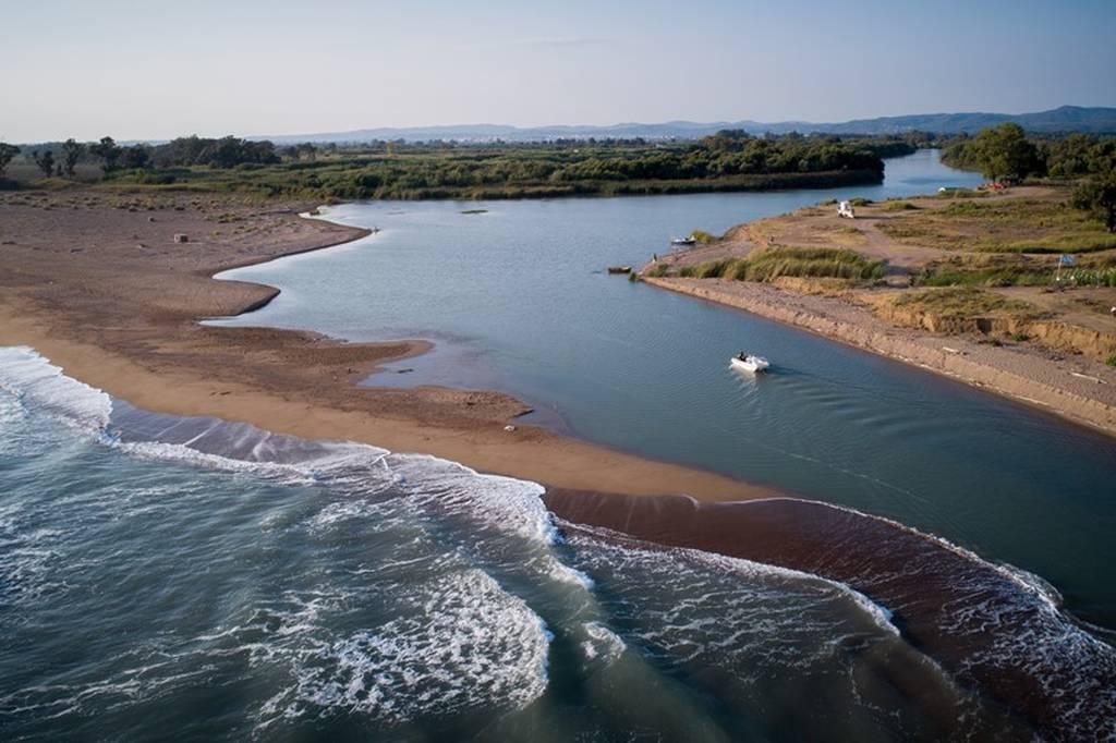 Αλφειός ποταμός: Το θαύμα της φύσης μέσα από συγκλονιστικές εικόνες