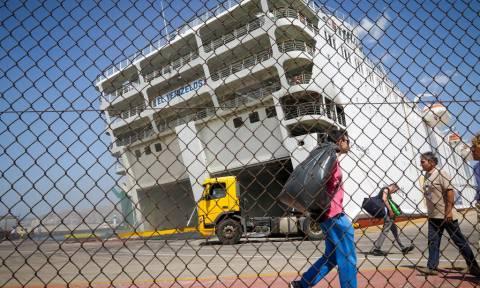 Προσπάθειες απάντλησης των υδάτων στο «Ελ. Βενιζέλος» - Επανέρχεται σταδιακά σε ορθή θέση