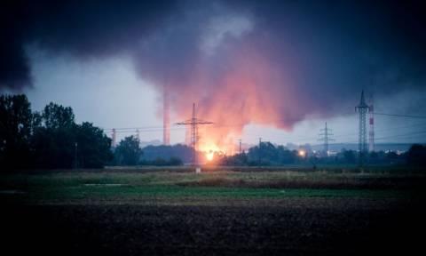 Έκρηξη και φωτιά σε διυλιστήριο της Γερμανίας - Αναφορές για τραυματίες