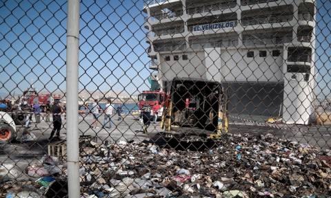 Βίντεο ντοκουμέντο: Μέσα στην «κόλαση» του «Ελευθέριος Βενιζέλος» - Η μάχη των πυροσβεστώντ