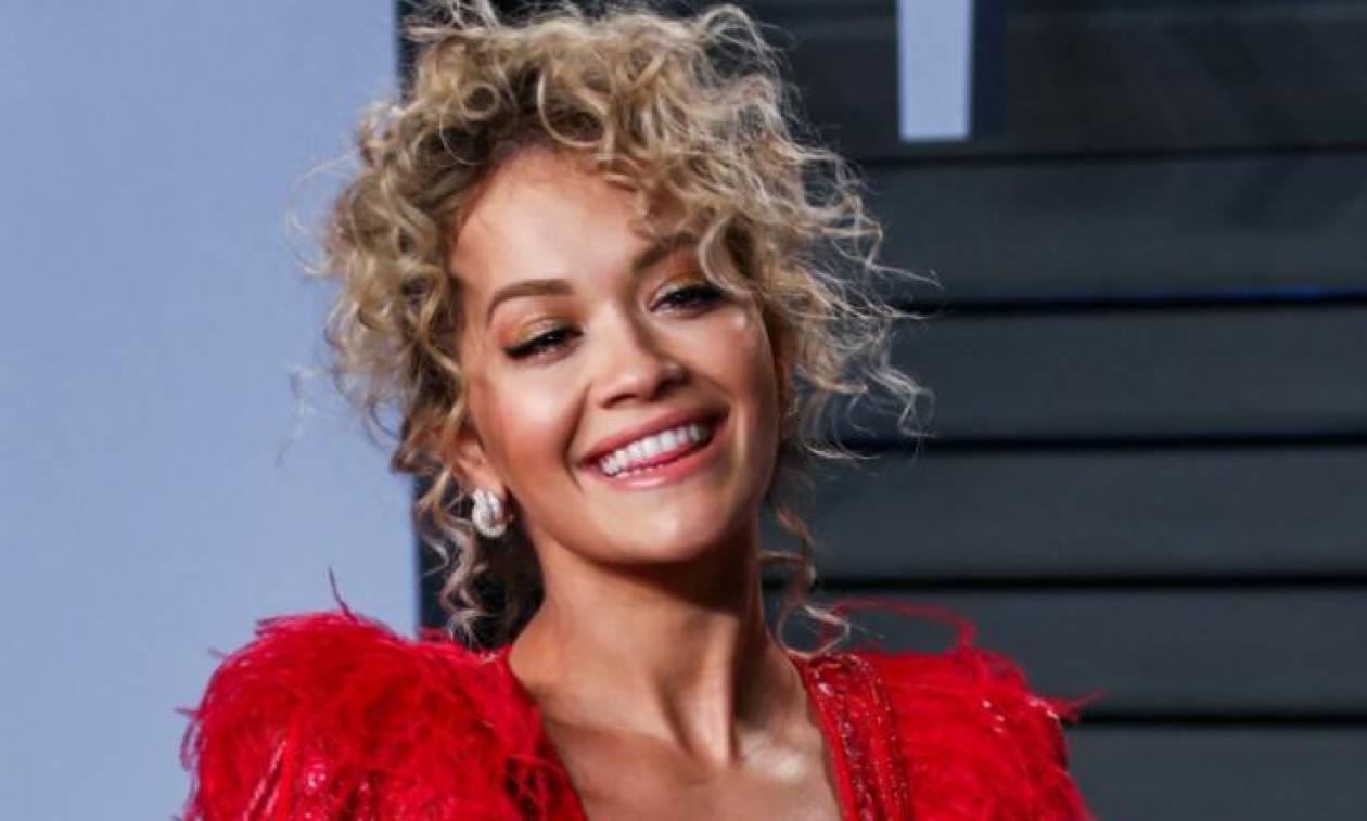 Οι 10 φορές που η εντυπωσιακή Rita Ora κυκλοφόρησε χωρίς μακιγιάζ