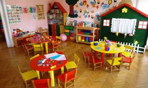 ΕΕΤΑΑ - Παιδικοί σταθμοί: Οριστικά όλα τα παιδιά των πυρόπληκτων θα πάρουν voucher (vid)