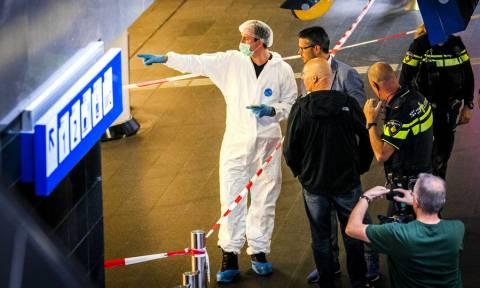 Άμστερνταμ: Οι «προσβολές στο Ισλάμ» το κίνητρο του δράστη της επίθεσης με μαχαίρι