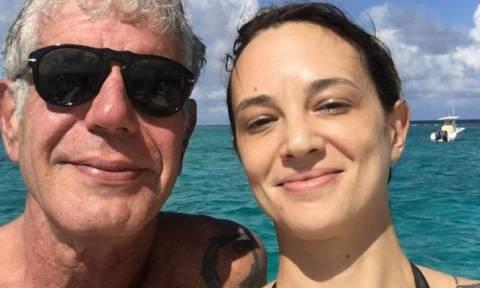 Νέο «χτύπημα» για την Αρτζέντο: To CNN απέσυρε επεισόδια της εκπομπής του Μπουρντέν όπου εμφανίζεται