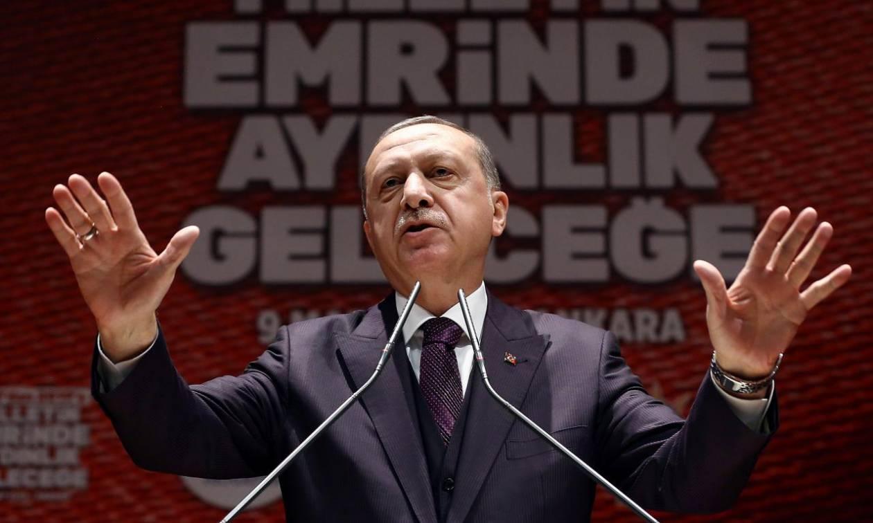 O Ερντογάν προειδοποιεί: Μια επιχείρηση στην Ιντλίμπ θα οδηγούσε σε «μεγάλη σφαγή»