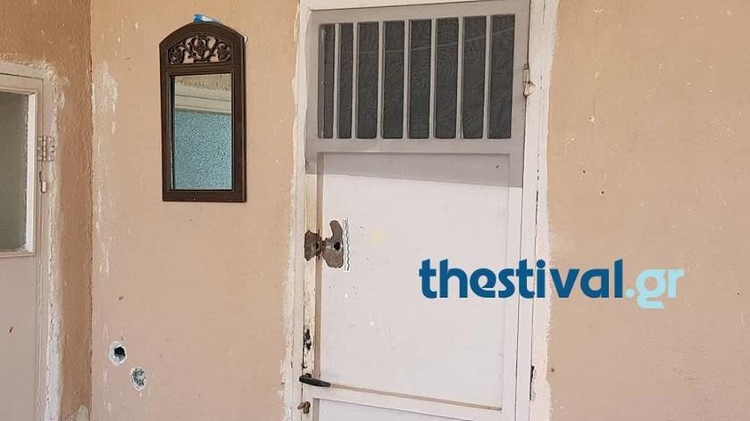 Πέλλα: Συγκλονισμένη η κοινωνία της Κρύας Βρύσης - Αυτό είναι το σπίτι του φονικού (pics&vid)
