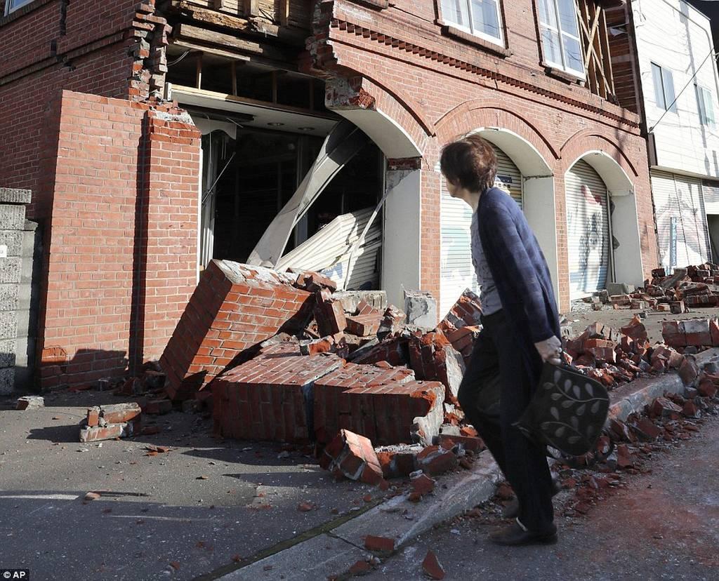 Ιαπωνία: Ένας νεκρός και 32 αγνοούμενοι μετά το φονικό σεισμό των 6,7 Ρίχτερ