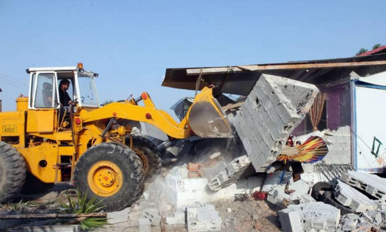 «Μπαράζ» κατεδαφίσεων αυθαιρέτων στην Αττική - Ποιες περιοχές παίρνουν σειρά