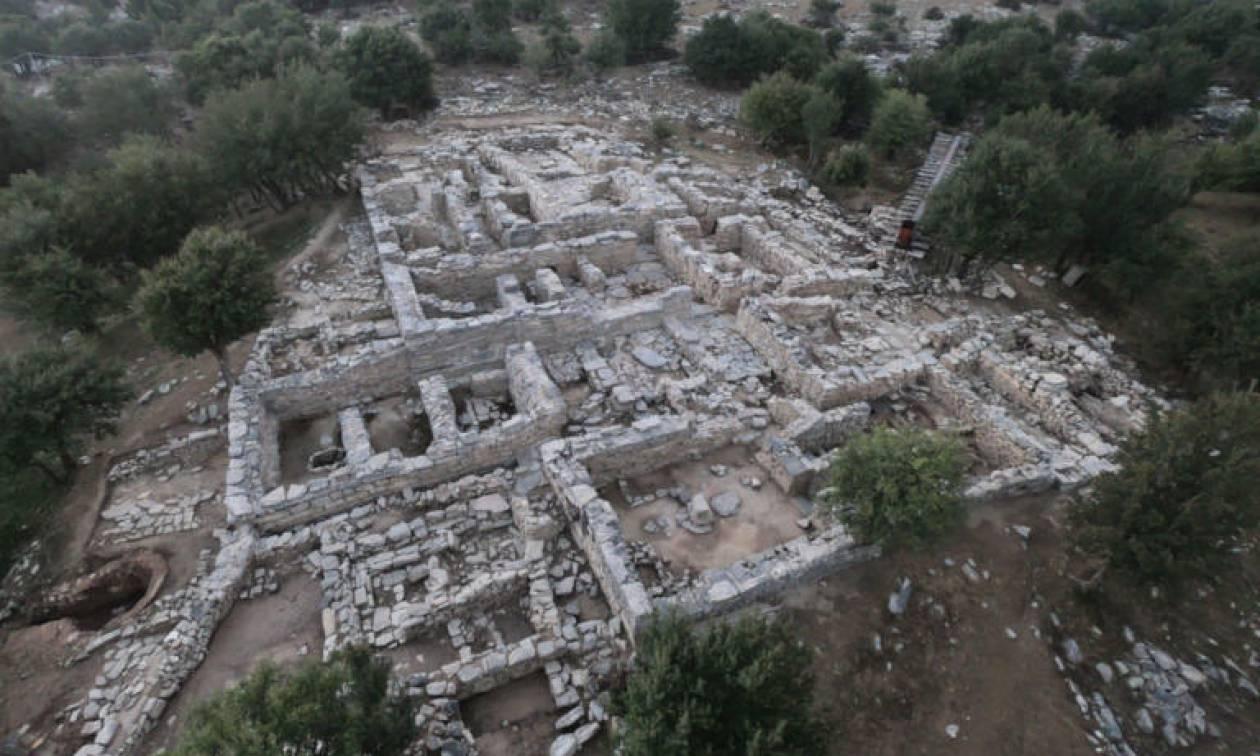 Σπουδαία αρχαιολογική ανακάλυψη στην Κρήτη: Στο φως μινωικό ανάκτορο που χτίστηκε σε βράχο!