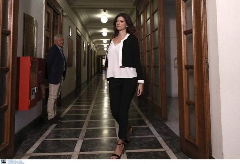 Νοτοπούλου: Δεν ήταν φωτογραφικός ο διορισμός μου - Τιμή μου να δουλέψω ως καθαρίστρια