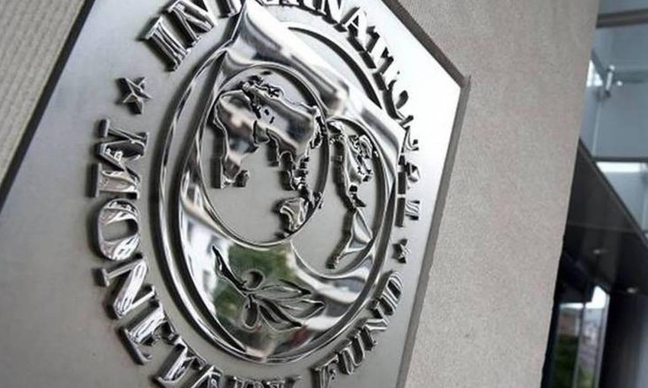 Bloomberg «αδειάζει» ΔΝΤ: Τεράστια ζημιά στην Ελλάδα λόγω μείωσης των κρατικών δαπανών