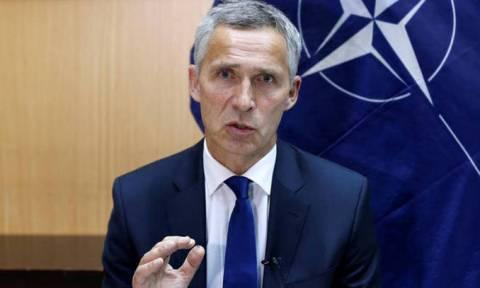Στόλτενμπεργκ: Η Συμφωνία των Πρεσπών να εφαρμοστεί και στις δύο χώρες