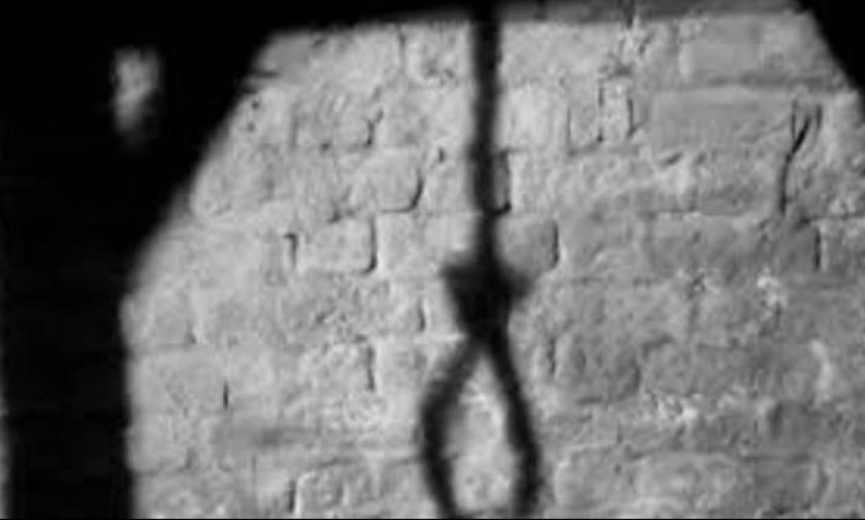 Σοκ στην Κρήτη: Βρήκαν 17χρονο κρεμασμένο στο δωμάτιό του