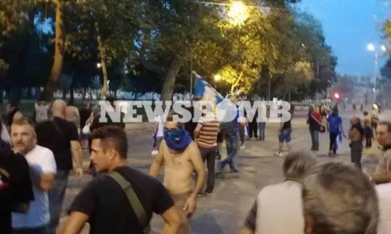 Αποπνικτική η ατμόσφαιρα στη Θεσσαλονίκη: Επεισόδια και χημικά στα συλλαλητήρια (Pics&vid)