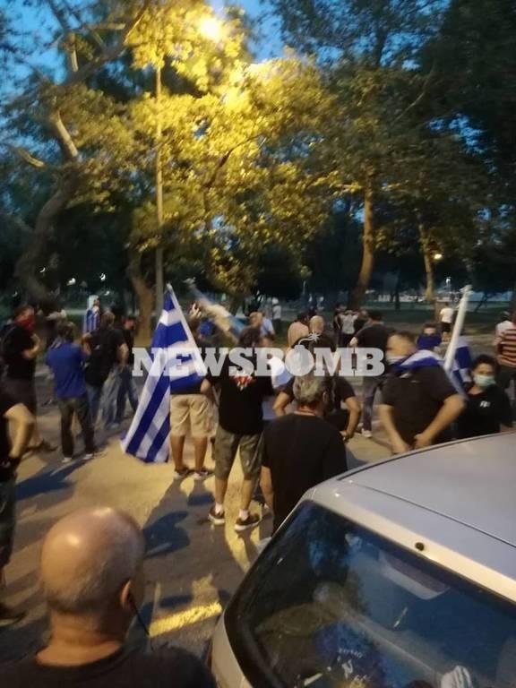 Αποπνικτική η ατμόσφαιρα στη Θεσσαλονίκη: Επεισόδια και χημικά στο συλλαλητήριο (Pics)